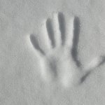 handprint-in-snow
